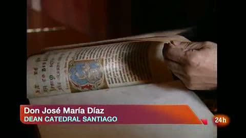 Ver vídeo  'Don José María Díaz, deán de la Catedral de Santiago, confirma que se trata del Códice Calixtino.'