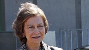 Ver vídeo  'Doña Sofía visita al rey en el hospital'