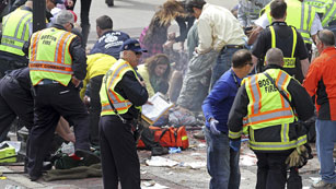 Ver vídeo  'Dos explosiones en Boston en el transcurso de una Maratón'