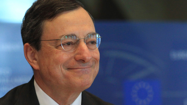 """Draghi elogia los """"progresos"""" de España, pero rechaza intensificar la compra de su deuda pública"""