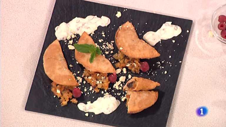 Cocina con Sergio - Empanadillas rellenas de aceitunas y berenjena
