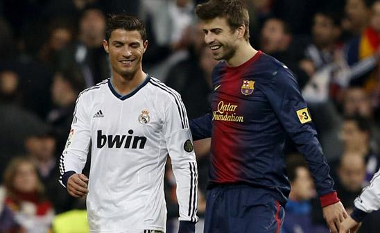 Real Madrid gana pese a expulsión de CR7; Barcelona golea al Elche