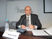 Manuel Seara, director y presentador de 'A hombros de gigantes' de RNE