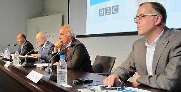 Los ponentes de la charla sobre periodismo científico organizada por el Instituto RTVE