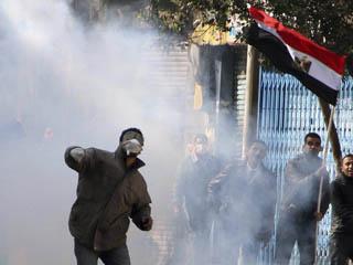 Ver vídeo  'Los enfrentamientos regresan a Egipto tras horas de tensa calma'