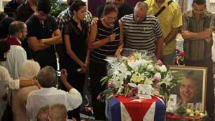 Ver vídeo  'Entierro en La Habana del disidente cubano Oswaldo Payá'