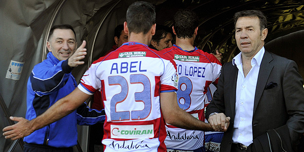 El entrenador del Granada: Abel Resino.