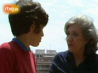 Ver vídeo  'Entrevista a Ana María Matute en 1983'