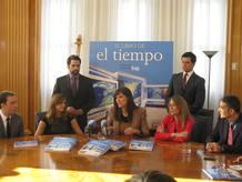 El equipo de El Tiempo de TVE durante la presentación.