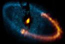 Utilizando el Atacama Large Millimeter/submillimeter Array (ALMA), los astrónomos han descubierto que los planetas que orbitan la estrella Fomalhaut deben ser mucho más pequeños de lo que se pensaba en un principio.