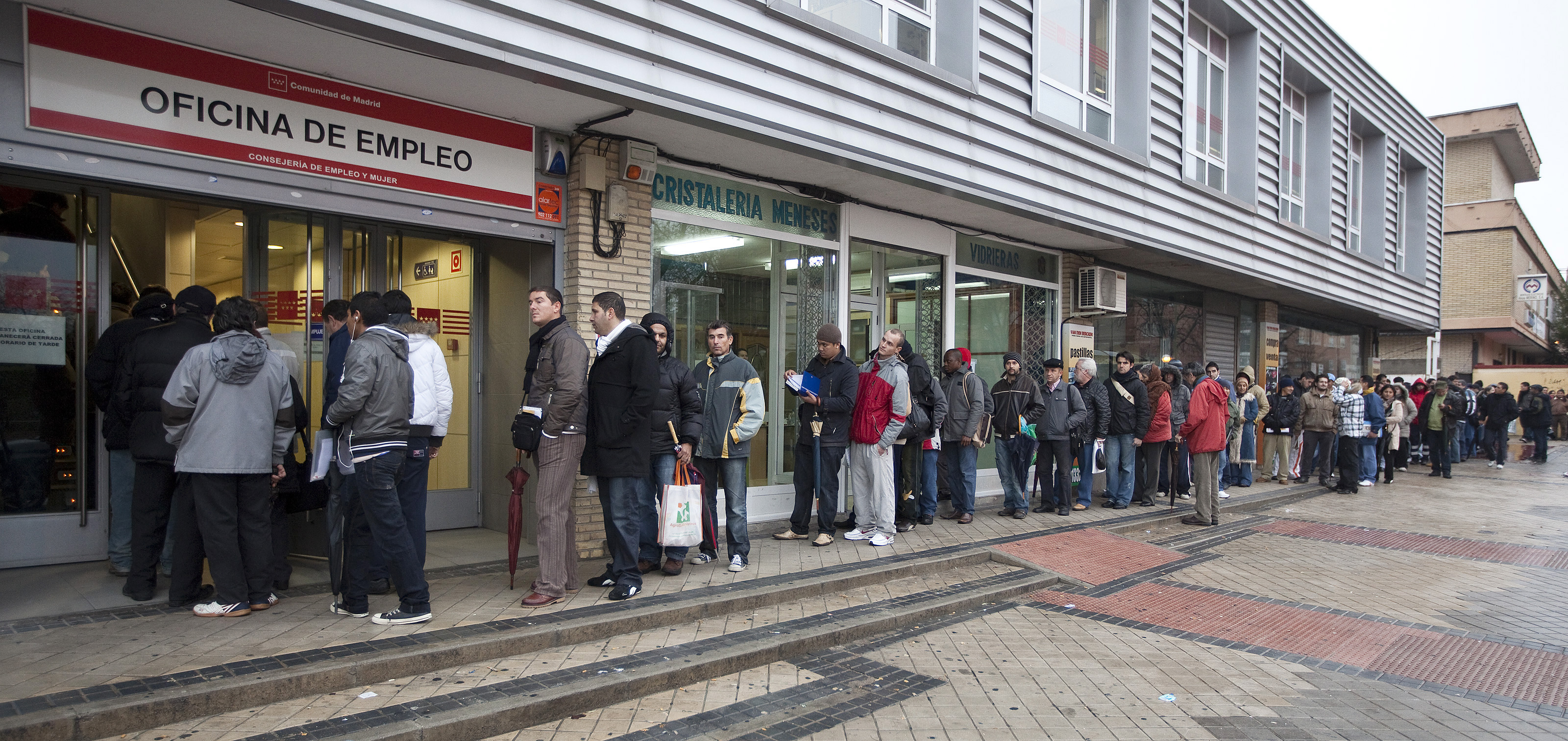 Espa a vuelve a liderar el desempleo en la uni n europea for Oficina de paro madrid