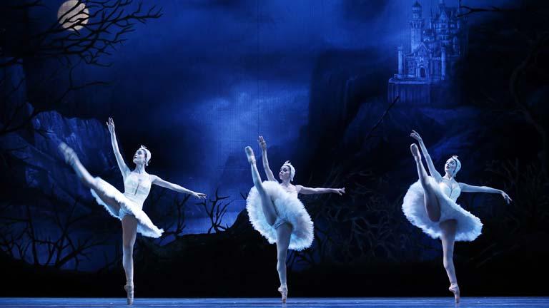 """La Compañía Nacional de Danza estrena el espectáculo """"en punta's"""""""