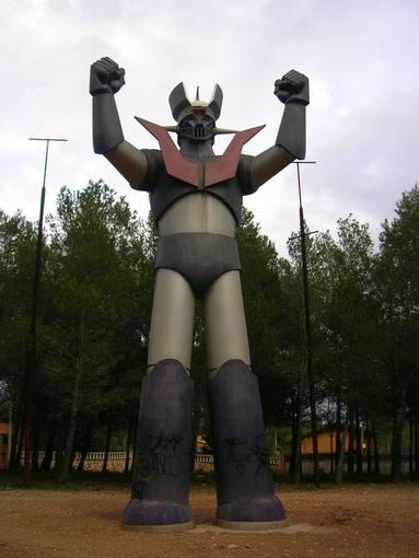 La estatua de Mazinger Z en Cabra del Camp (Tarragona)
