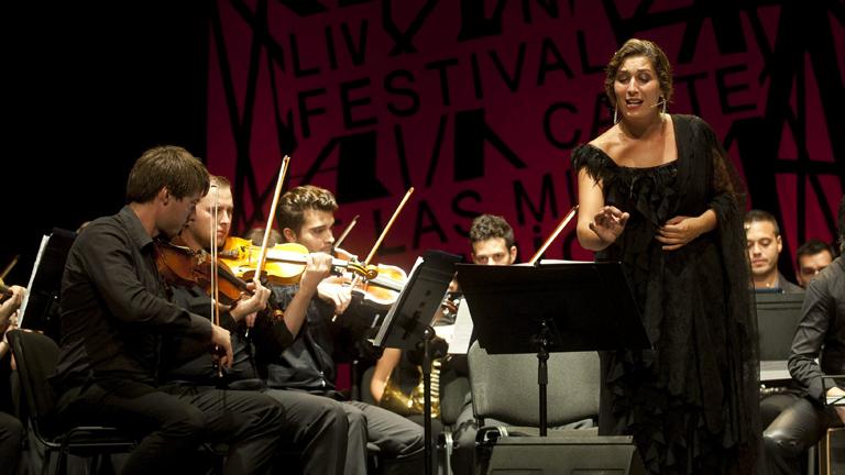 """Estrella Morente recibe el """"Castillete de Oro"""" del Festival del Cante de las Minas"""