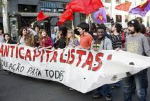 LOS ESTUDIANTES CONTRARIOS A BOLONIA SE MANIFIESTAN EN VÍSPERAS DE REUNIÓN UE