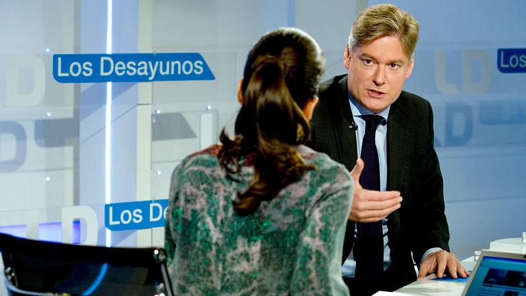 """Ver vídeo  'El eurodiputado López Istúriz, seguro de que Europa dará """"luz verde"""" a las ayudas a la banca'"""