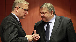Ver vídeo  'El Eurogrupo aplaza el visto bueno al segundo rescate a Grecia'