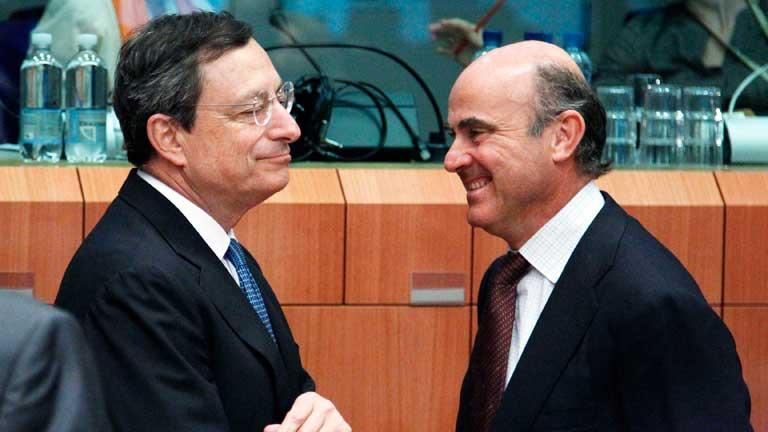 Ayuda a la banca española y un año más para reducir el déficit