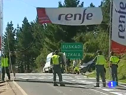 Ver v&iacute;deo  'Euskadi recibe a la Vuelta con las carreteras llenas de p&uacute;blico'
