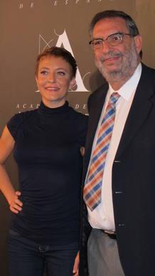 Eva Hache y el presidente de la Academia de Cine, Enrique González Macho