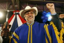 El ex obispo Fernando Lugo, favorito a la presidencia paraguaya