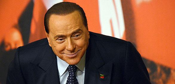 El ex primer ministro italiano, Silvio Berlusconi, durante una rueda de prensa celebrada este lunes