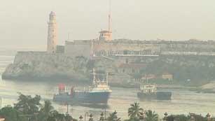 Ver vídeo  'Los exiliados cubanos fletan un barco con productos para sus familiares'