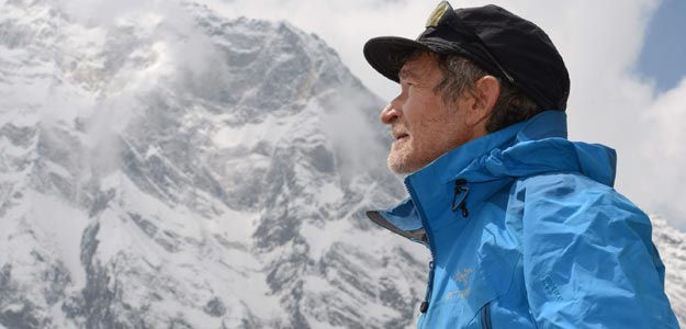 Carlos Soria no subirá finalmente a la cumbre del Annapurna