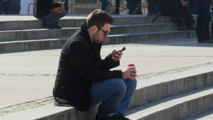 Ver vídeo  'Expertos informáticos alertan de la necesidad de un antivirus para los teléfonos'