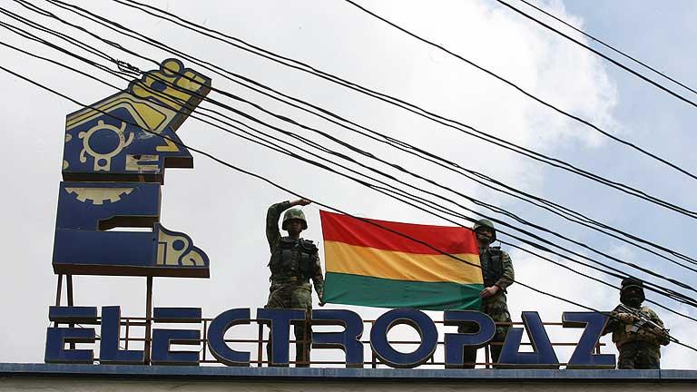 Evo Morales firma la expropiación de cuatro filiales de Iberdrola