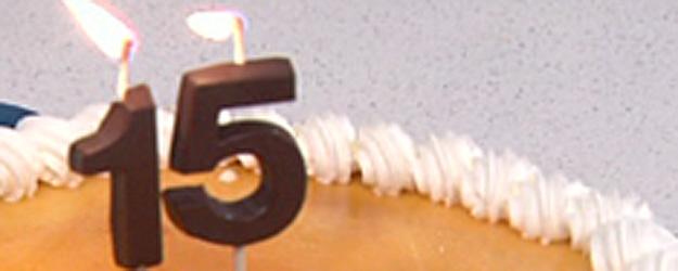 Fabricar velas de chocolate para postres - Como fabricar velas ...