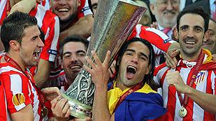 Falcao desfigura al Athletic y da su segunda Europa League al Atlético