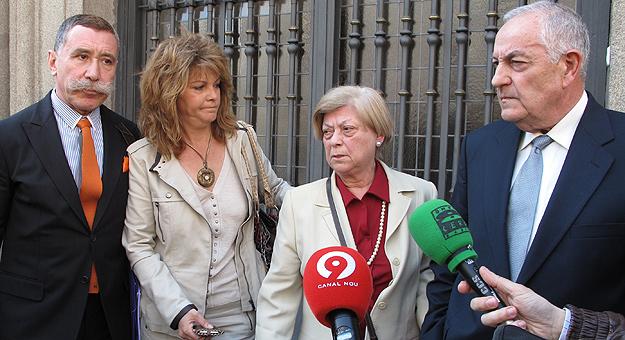 La familia Carrascosa y el abogado