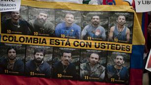 Ver vídeo  'Las FARC anuncian que proscriben la práctica del secuestro y que liberarán a diez rehenes'