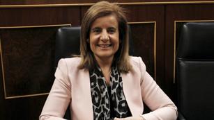 Ver vídeo  'Fátima Bañez ha destacado la normalidad con la que se está desarrollando la jornada de huelga'