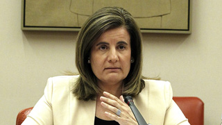 Ver vídeo  'Fátima Báñez hace balance del primer año de aplicación de la reforma laboral'