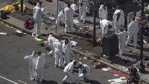 Ver vídeo  'El FBI busca pistas sobre la autoría del atentado en Boston'