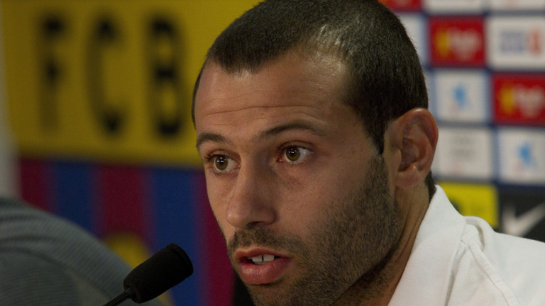El FC Barcelona renueva a Mascherano hasta el 2016