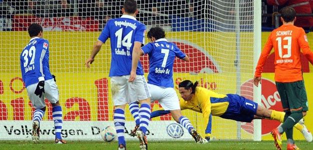 Raúl - Schalke 2011