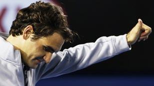 Federer, Murray, Tsonga y Chardy, a los cuartos de final de Australia