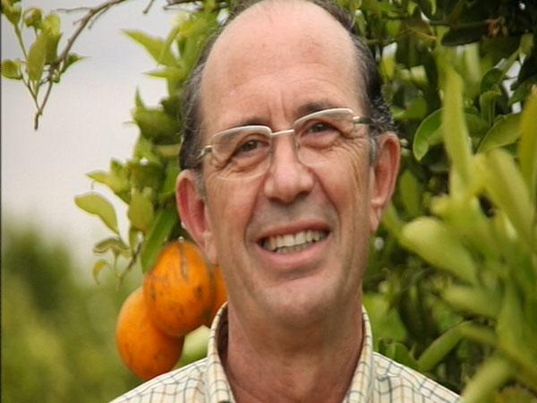 """Federico Aparici, agricultor: """"Soy amigo de los amigos y voy de humilde por la vida"""""""