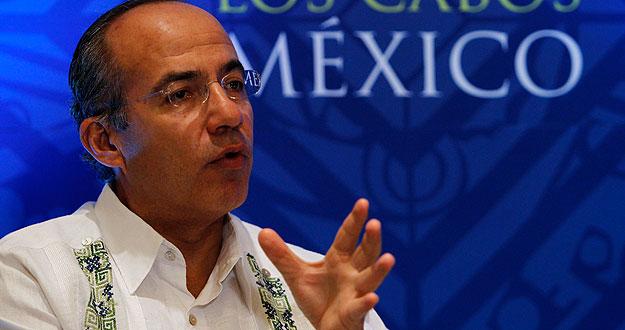 Felipe Calderón en una rueda de prensa en Los Cabos (México)
