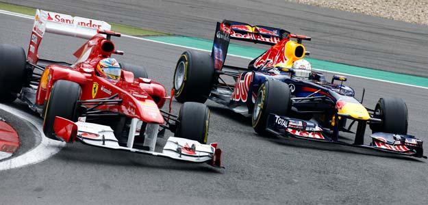 Fernando Alonso adelantó al Red Bull de Sebastian Vettel en las primeras vueltas del GP de Alemania.