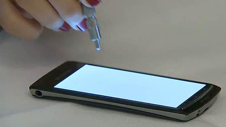 Un filtro para reducir el daño en la vista de móviles y tabletas