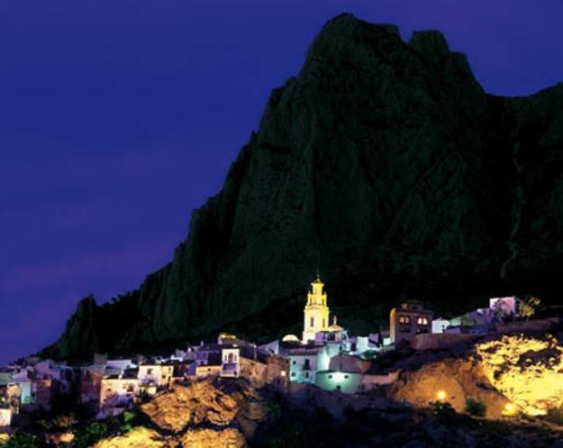 Finestrat - Casco histórico, de noche
