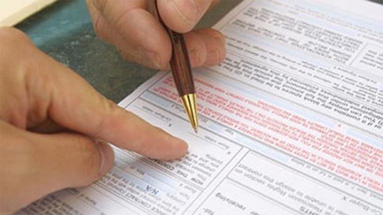 La firma de hipotecas baja un 41,3% en enero y van 21 meses