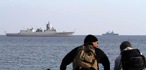 Las fragatas noruega y danesa, listas para escoltar el barco con el arsenal químico sirio.