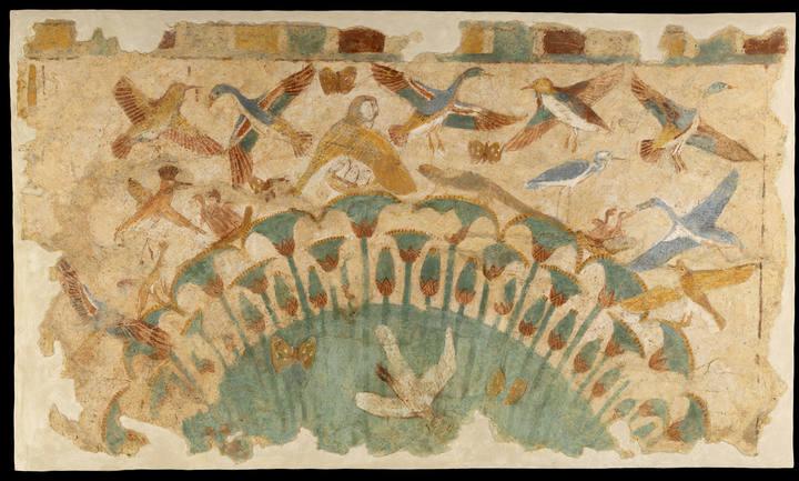 Fragmento de muro pintado con motivos de pájaro de la XVIII dinastía perteneciente al Louvre.