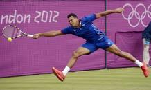El francés Jo-Wilfried Tsonga se ha impuesto al canadiense Milos Raonic en el partido de tenis más largo de estos Juegos.