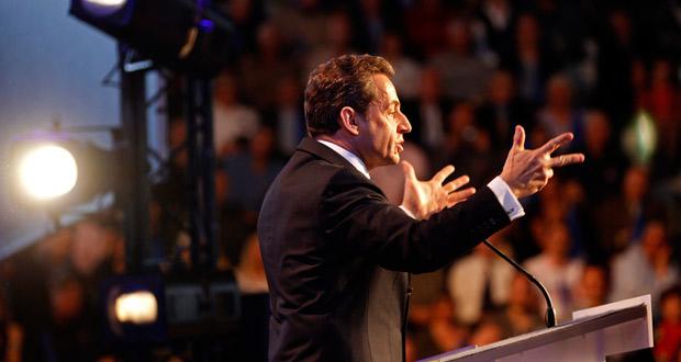 El presidente francés y líder de la UMP, en un discurso de campaña.